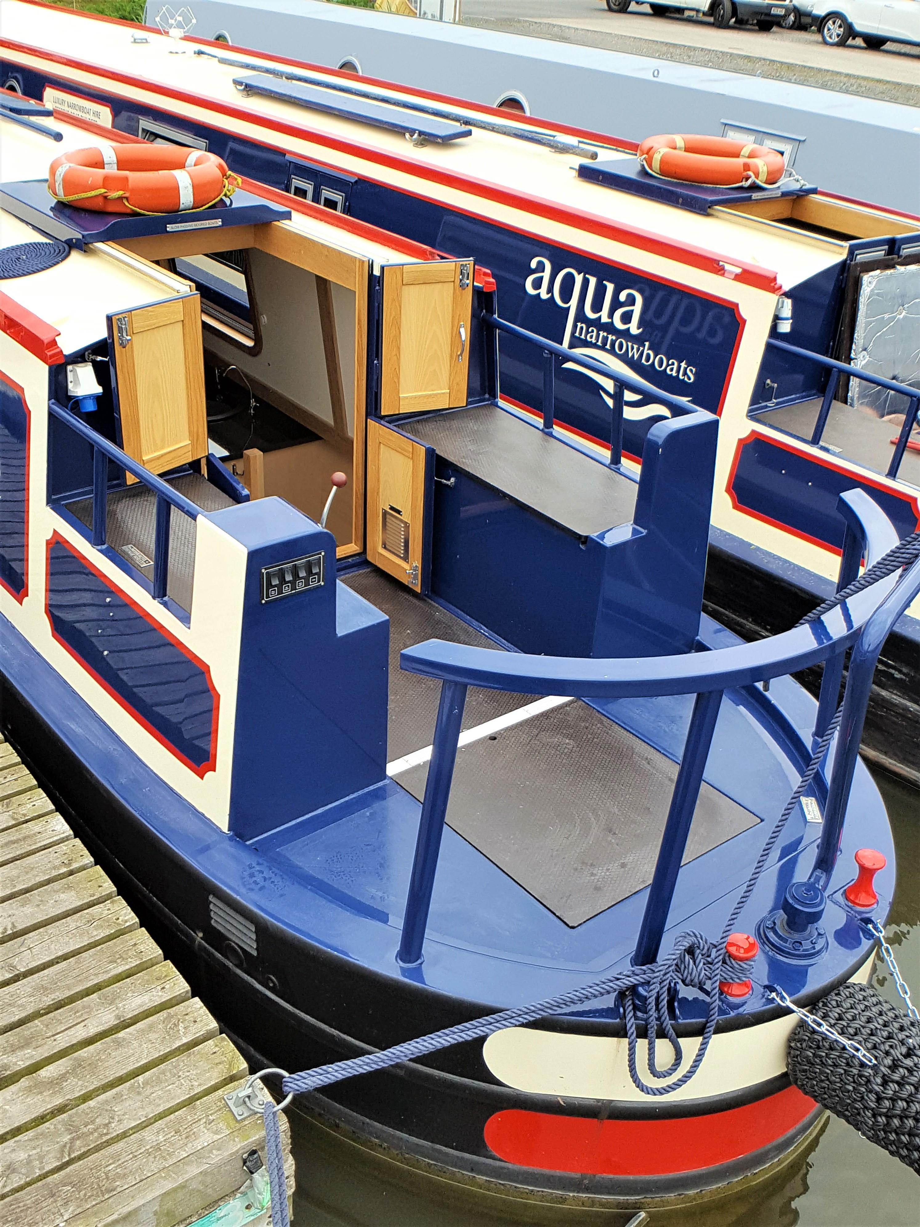 Narrowboat Hire Luxury Narrowboat Hire Aqua Narrow Boats