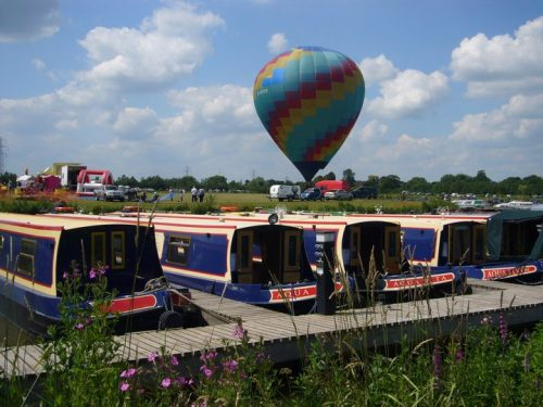 Luxury Canal Boats to hire