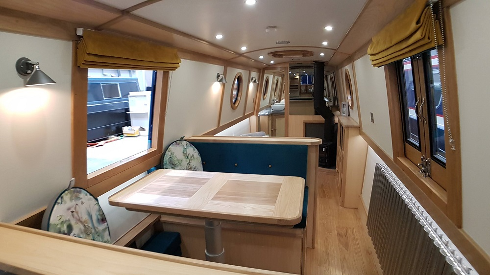 narrowboat builders